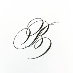 Day letter B and continuing on with this decorated style. Cute Calligraphy, Copperplate Calligraphy, Calligraphy Drawing, Calligraphy Doodles, Calligraphy Alphabet, Penmanship, Letter Tattoos On Hand, Cursive Tattoos, 2 Letter
