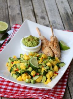 LINDASTUHAUG - det skal vere en opptur med sunn mat! Mango Salat, Guacamole, Chili, Mexican, Ethnic Recipes, Foodies, Healthy Recipes, Chili Powder, Chilis