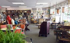 DIY opportunities, antiques, more featured at new Jefferson City shop | News Tribune