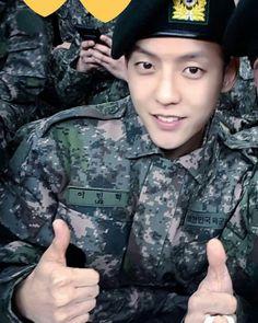 Btob Lee Minhyuk, Sungjae, Cube Entertainment, Military Jacket, Rapper, Singer, Kpop, Actors, Sexy Men