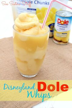 Disneyland Dole Whip Recipe list that will have you cooled off in no time at all. Check out these recipes for making the perfect Disneyland Dole Whip. Köstliche Desserts, Frozen Desserts, Frozen Treats, Frozen Drinks, Dessert Recipes, Think Food, Love Food, Smoothie Drinks, Smoothie Recipes