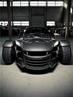 Donkervoort D8 - méchante voiture