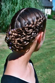 for bride ideas hairstyle ideas ideas for pixie cut ideas with fringe hairstyle ideas african american ideas for short curly hair ideas for dance competitions ideas 2018 Baddie Hairstyles, Fancy Hairstyles, Braided Hairstyles, Updos Hairstyle, Bridal Hairstyle, Short Hairstyle, Hairstyle Ideas, Growing Out Short Hair Styles, Curly Hair Styles