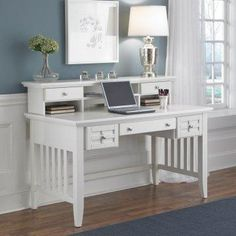 Simple writing desk.