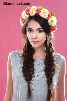 Flower Crowns For The Bohemian You DIY- boho hairstyles flowers boho hairstyles bob Flower Crown Hairstyle, Popular Hairstyles, Bride Hairstyles, Headband Hairstyles, Flower Hairstyles, Hairstyles Haircuts, Boho Bridal Hair, Bohemian Wedding Hair, Winter Wedding Hair
