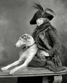 Woman with Borzoi by Harris and Ewing, 1935 Vintage Antique Photos, Vintage Pictures, Vintage Photographs, Photos With Dog, Dog Pictures, Vintage Dog, Old Dogs, Animals And Pets, Dog Cat