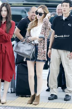 [130913] Jessica at Incheon Airport Heading to Jakarta