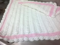 Mayflower Baby Blanket. I changed the edging http://www.naturallycaron.com/projects/mayflower/mayflower_1.html