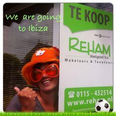 Stem alsjeblieft op deze inzending in Met Reham naar Ibiza door jouw Oranje foto!! Het kost niks alleen ff stemmen wil zo graag een reisje naar ibiza winnen , dankjewel !