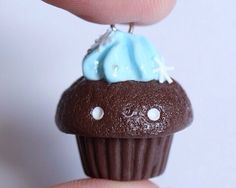 In love with this winter cupcake by Xoxrufus