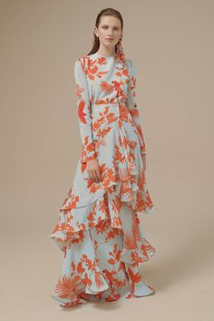 Johanna Ortiz Spring 2017 Ready-to-Wear Fashion Show Collection: See the complete Johanna Ortiz Spring 2017 Ready-to-Wear collection. Look 41 Fashion 2017, Spring Fashion, Fashion Show, Modest Dresses, Casual Dresses, Summer Dresses, Floral Dresses, African Print Fashion, Fashion Prints