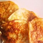 Perfect pannenkoeken: 1 banaan prakken + 2 eitjes --> roeren, bakken en klaar!
