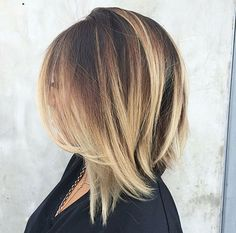 Shoulder Length Bob Haircut with Blonde Balayage Highlights (Coiffure Pour Courir) Blonde Balayage Highlights, Heavy Highlights, Ash Balayage, Long Bob Hairstyles, Hairstyles Haircuts, Medium Hair Styles, Short Hair Styles, Love Hair, Hair Videos