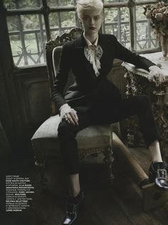 ?Oh My Lord? : Nastya Kusakina : Vogue Russia December 2012 : Mariano Vivanco - visuellemagazine - Models & Co