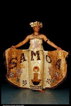 Miss Samoa contestant Teulia Festival Apia Samoa 2003 Polynesian Islands, Polynesian Art, Polynesian Culture, Island Wear, Tropical, Island Girl, Textiles, South Pacific, Beautiful Islands