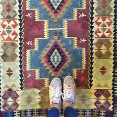 Turkish Kilim Rugs via www.grandbazaarshopping.com