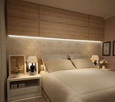 41 Enchanting Master Bedroom Storage Ideas - The first decision to make is the size of the bed. A small/medium sized room will look less cluttered with a queen-size bed. A king-size bed is apt fo. Gold Bedroom, Large Bedroom, Bedroom Sets, Bedroom Neutral, Mirror Bedroom, Bedroom Ceiling, Bedroom Wallpaper, Bedroom Curtains, Bedroom Windows