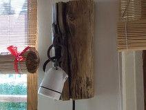 Retro lampka drewniana ścienna