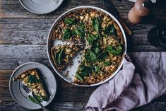 Suppilovahveropiirakka – Viimeistä murua myöten Palak Paneer, Cheddar, Sweets, Baking, Ethnic Recipes, Food, Cheddar Cheese, Gummi Candy, Candy