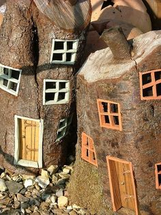 fairy houses.... freaking out right now at the amazingness of this!