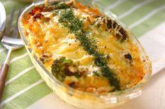 大皿の耐熱容器で一度に焼けばパーティーにもおすすめ!鮭のチーズ焼き[洋食/焼きもの、オーブン料理]2007.04.30公開のレシピです。