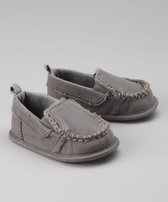 this momma loves shoes! Cute Charcoal Loafer