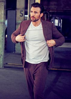 Chris Evans photographed by Matthew Brookes for InStyle May 2016