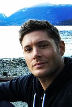 Jensen closeup: bts season 12 finale, looking younger than ever!