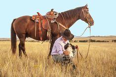 """Waar kom ons aan die uitdrukking """"die voet in die stiebeuel hê""""? Taaltoffie stel ondersoek in Hobbies To Take Up, Hobbies And Interests, How To Introduce Dogs, Introducing A New Dog, Scripture Of The Day, Best Barns, Western Riding, Trail Riding, Cowboy Horse"""