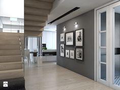 Color scheme - light wood, cream, gray