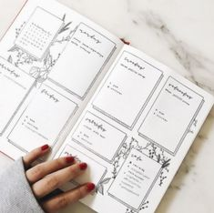 Photos and Videos bullet journal bujo planner ideas for weekly spreads studygram study gram calligraphy writing idea inspiration month dates study college leaf layout one page tips quotes washi tape