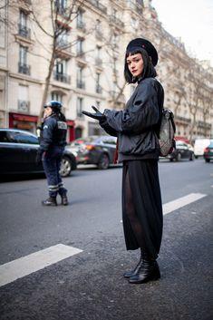 【スナップ】トレンドが一堂に会した4大コレクションの総決算! 2016-17年秋冬パリ・ファッション・ウイーク ストリートスナップ(235枚) | WWD JAPAN.COM