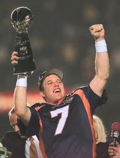 Did you know John Elway led the Broncos to Super Bowl XXI in 1987 ? Did you know that the Broncos lost the game even though Elwa. Denver Broncos Players, Denver Broncos Football, Go Broncos, Broncos Fans, Football Players, Broncos Cheerleaders, Football Fever, Football Baby, Football Season
