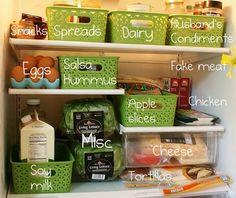 Creative Ways To Organize Your Fridge And Freezer Clean Fridge, Kitchen Refrigerator, Organize Fridge, Fridge Organization, Organization Hacks, Organizing Ideas, Apple Chicken, Chicken Slices, Plastic Bins