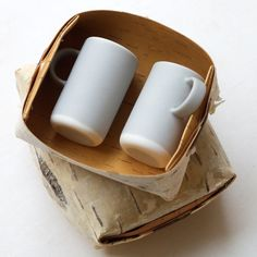 Nathalie Lahdenmäki for Lokal espresso cups Espresso Cups, Coffee Cups, Elephant Life, Olive Oil Cup, Salt Box, Ceramic Tableware, Salad Bowls, Small Boxes, Cake Plates