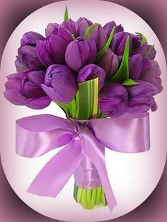 ** Kytice - fialové tulipány **