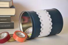 DIY / Spray Painted Tins.