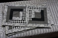 Log Cabin style quilted place mats by TheCarriageDesigns on Etsy, $28.99