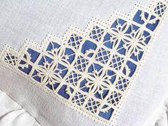 Reticello corner embellishment