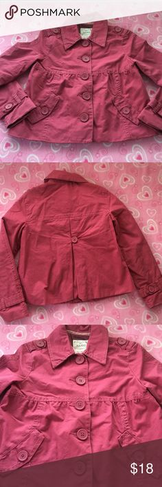 MULBERRY PEACOAT GIRLS SIZE M GIRLS OLD NAVY MULBERRY-PINK COLORED PEA COAT W/ OVERSIZED BUTTONS & CONTRAST STITCHING. SZ M (Should fit size size 9-11).  VGUC. No stains, rips or holes. Lined. Perfect weight for Fall & Spring, when it's not too cold but a jacket is needed. 🚫No Trades. Just looking to sell please. ⬇️GREAT discount on Bundles of 3 or more! Check out my closet for more kids clothes!🌻Offers welcome!🌻BIN5 Old Navy Jackets & Coats Pea Coats
