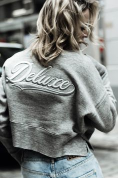 Street Style, Sweatshirts, Sweaters, Fashion, Moda, Urban Taste, La Mode, Sweater, Sweatshirt