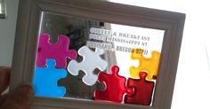 ダイソーのガラス絵の具を、 チョコレートモールド用のパズル型に 入れて乾燥させたものを、フレームに貼り付けるだけで完成です! パズル型は、100均のキャンドゥのものです。