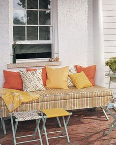 turn camp cot into an elegant patio daybed