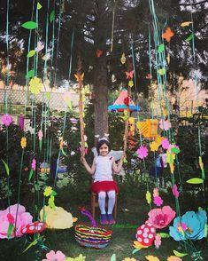 Best Wall Paint, Astronaut Party, World Map Art, Backdrop Design, Art Corner, Class Decoration, Cool Walls, Paper Art, Birthday Parties