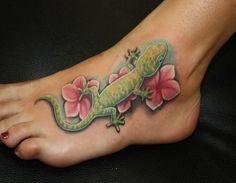 lizard tattoo design on foot design women