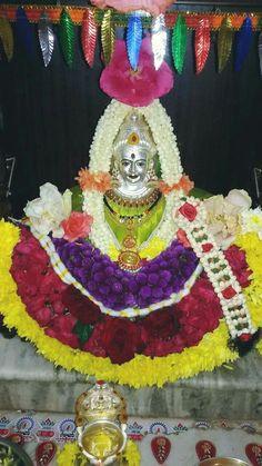 Mandir Decoration, Ganpati Decoration Design, Ganapati Decoration, Festival Decorations, Flower Decorations, Silver Pooja Items, Sumo, Pooja Room Door Design, Rangoli Designs Flower