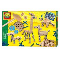 Artnr. SES 14941. Met deze hout knutselset kun je op eenvoudige wijze de grappigste dieren maken met leuke ogen. Maak naar voorbeeld op de doos een hond, giraffe, dino of paard. Natuurlijk mag je zelf ook vrij zijn met het maken van leuke creaties! Door de eenvoudige ...