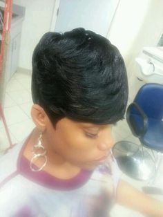 Soft swept short cut....cute!!