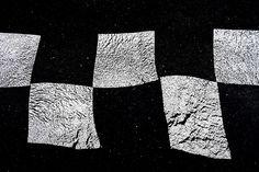 Anachropsy - photography: dancing squares
