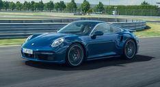 Porsche Posts 1.2 Billion Operating Profit In H1 Despite The Coronavirus Pandemic 911 Turbo S, Porsche 911 Turbo, Twin Turbo, New Porsche, Cars Uk, Sport Seats, Automotive News, Rear Seat, Cutaway